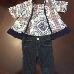 Jessica Simpson infant outfit